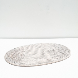 White Oval placemat L