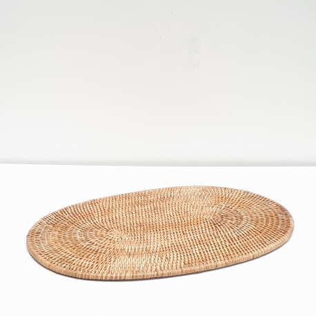 Natural Oval Placemat L Baolgichic
