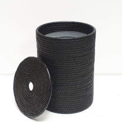 Black cylindrical waste basket with plastic insert M