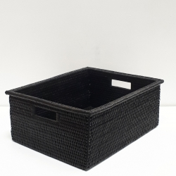 Black rectangular basket with wide edges M